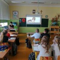 """ZS Stanin - Podsumowanie akcji """"Pomóż psiakom i zgarnij nagrody dla klasy"""""""