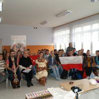 ZS Stanin - Wolontariusze Omnes Gentes w ZS w Staninie