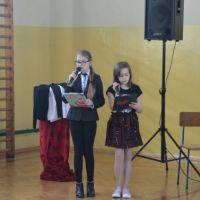 Zespół Szkół w Staninie - Dzień Kobiet 2015