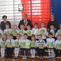 Zespół Szkół w Staninie - Pasowanie na ucznia klasy 1 - 2015/2016