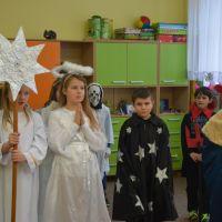 Zespół Szkół w Staninie - Kolędowanie w klasie I-III