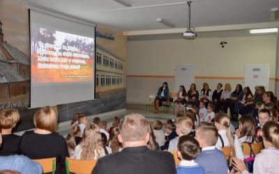 Zespół Szkół w Staninie -  Jesienny wieczór pieśni patriotycznych