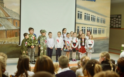 ZS Stanin -  Jesienny wieczór pieśni patriotycznych