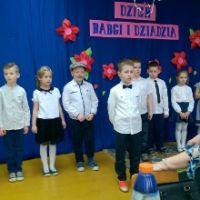 ZS Stanin - Dzień Babci i Dziadka klasy I A