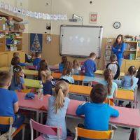 Zespół Szkół w Staninie - ŚWIATOWY DZIEŃ ŚWIADOMOŚCI AUTYZMU W NASZEJ SZKOLE I PRZEDSZKOLU
