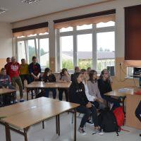 Zespół Szkół w Staninie - Spotkanie z funkcjonariuszami z Wydziału ds. Nieletnich Komendy Powiatowej Policji w Łukowie