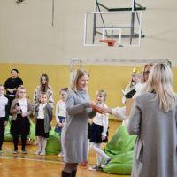 Zespół Szkół w Staninie - Pasowanie na czytelnika