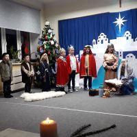 Zespół Szkół w Staninie - Jasełka Bożonarodzeniowe grupy 0B