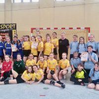 Zespół Szkół w Staninie - Powiatowe zawody SZS  Igrzyska Dzieci z piłki ręcznej dziewcząt