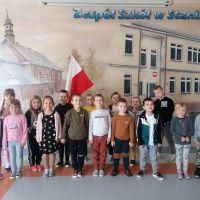 """ZS Stanin - Akcja """"Szkoła do hymnu"""" 2020"""
