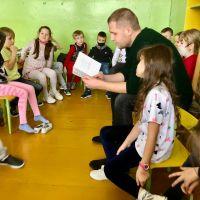 """ZS Stanin - Innowacja pedagogiczna ,,Podróże z książką"""""""