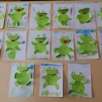 Zespół Szkół w Staninie - Robimy żabki